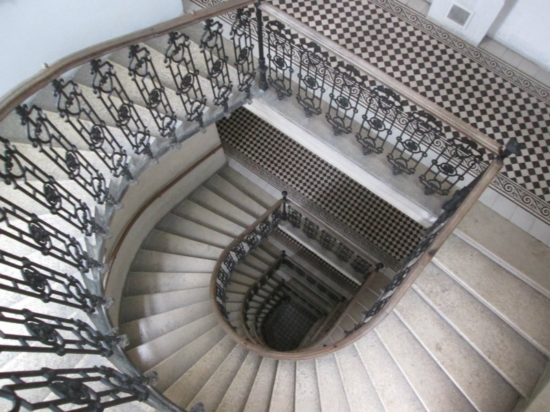 The Vienna apartment had a beautiful staircase.  It was fun seeing milk deliveries in front of the resident's doors.